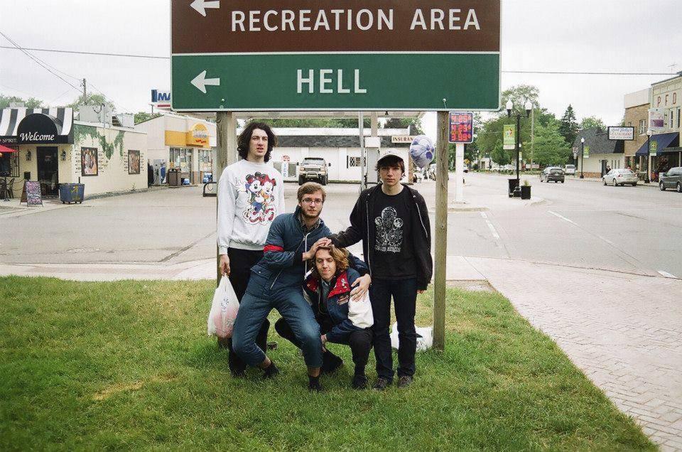 tawny-peaks-indie-rock-band