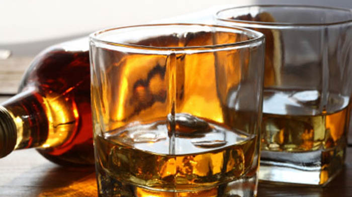 bourbon-glasses-image