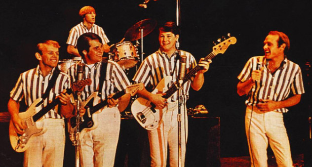 beach-boys-hollywood-bowl-1965