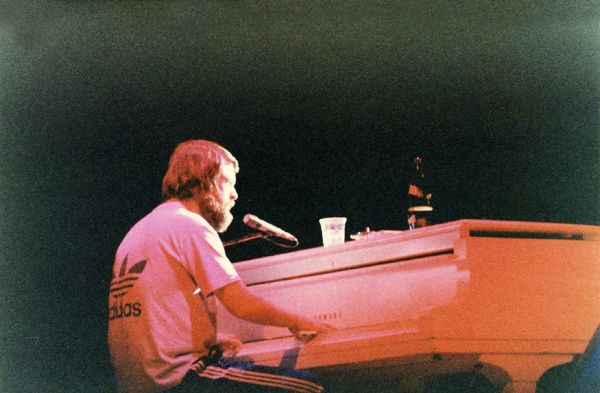 brian-wilson-the-beach-boys-1979