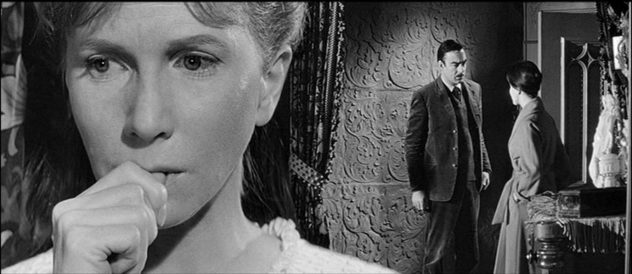julie harris big head haunting